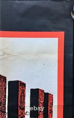 Affiche De Cinéma Originale De Zulu Quad Stanley Baker Michael Caine Première Réédition Des Années 1960