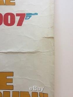 Affiche De Film Pour Homme Avec Le Quatre Gun Original 1974 Plié Moore 007 Bond
