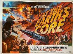 Au Cœur De La Terre D'origine Britannique British Quad Affiche De Film (1976) Chantrell Art