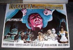 Dracula Est Élevé De La Tombe Gravée Affiche Du Film Christopher Lee