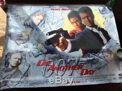 James Bond 007 Meurt Un Autre Jour Affiche De Film Quad Uk Pierce Brosnan Signé 2002